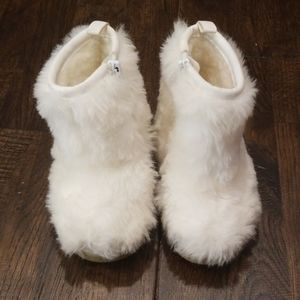 Gap White Fur Winter Boots Size 4 Toddler New